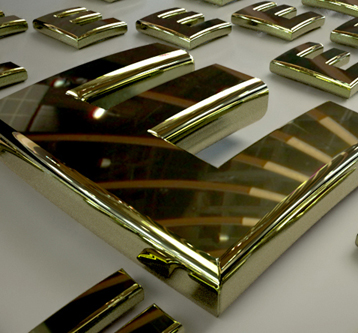 3D Illustration – Solid Gold Typography